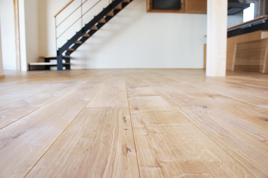 無垢床って気持ちいい♪~一生住む家だから、良い素材選びを~