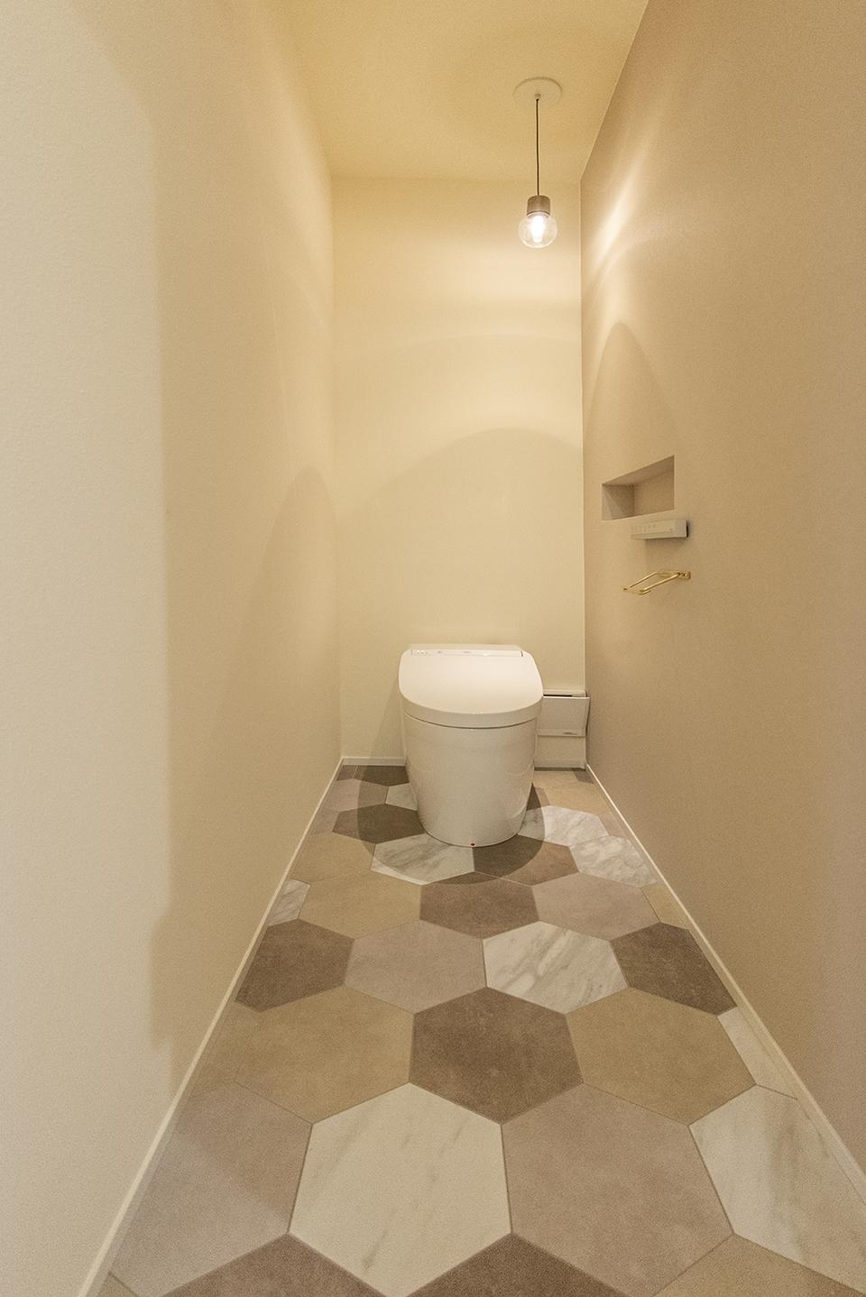 トイレ(TOTO NJ2 床:フロアタイル)